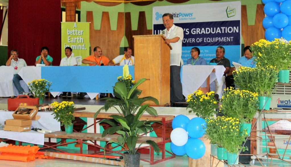 Governor Leonard G. Mayaen commended the linemen of the Mountain Province Electric Cooperative (MOPRECO) for actively participating in the two- weeks Lineman's training to enhance their skills and enable them to work competently. Photo by Alpine L. Killa